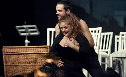 c Elmar Witt_BU Francesca Lombardi als Falsirena und Giorgio Caoduro als Belfusto